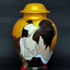 Il-bacio-della-gheisha-terracotta-dipinto-ad-olio-45-cm-300x300Cinzia Cotellessa